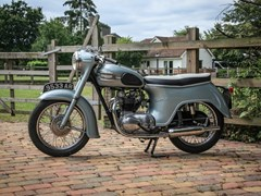Navigate to Lot 214 - 1960 Triumph 350 Tiger