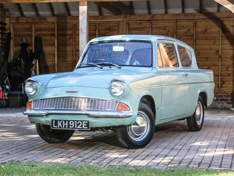 REF 45 1967 Ford Anglia DeLuxe
