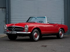 Navigate to Lot 116 - 1964 Mercedes-Benz 230 SL Pagoda