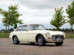 Navigate to Lot 107 - 1968 MG B GT