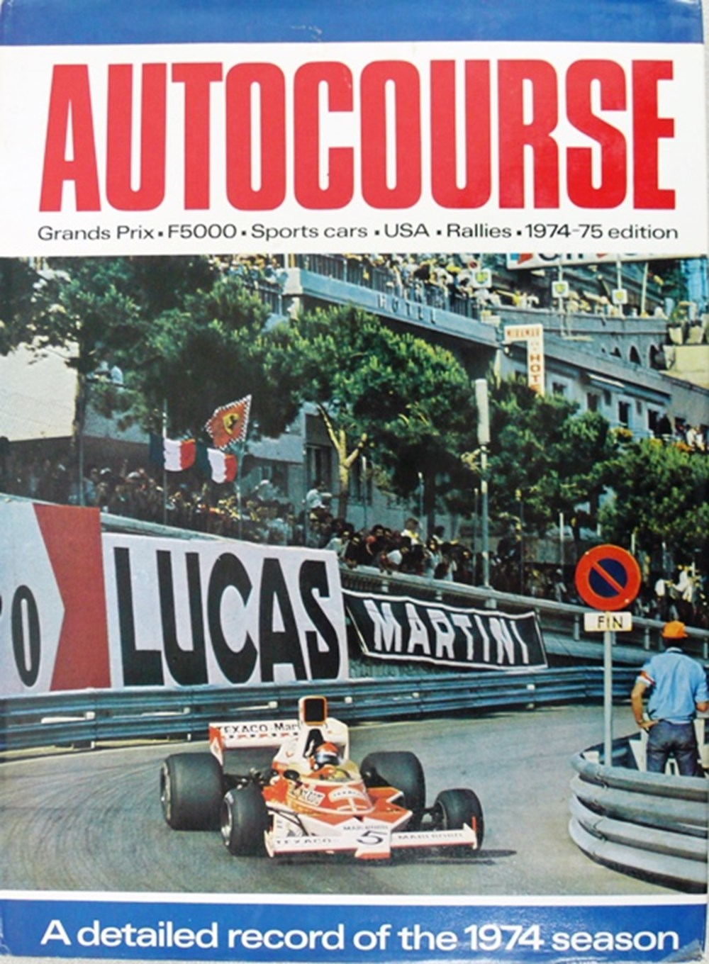 Lot 015 - Autocourse yearbooks