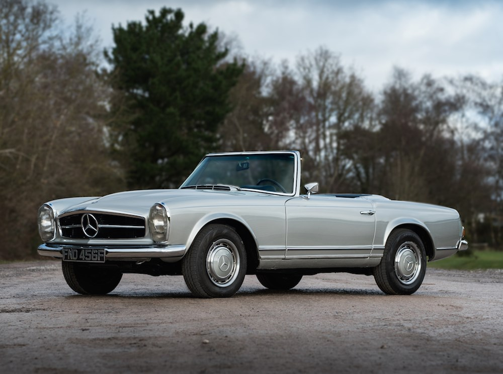 Lot 302 - 1968 Mercedes-Benz 280 SL Pagoda
