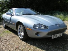 Navigate to Lot 420 - 1997 Jaguar XK8 Coupé