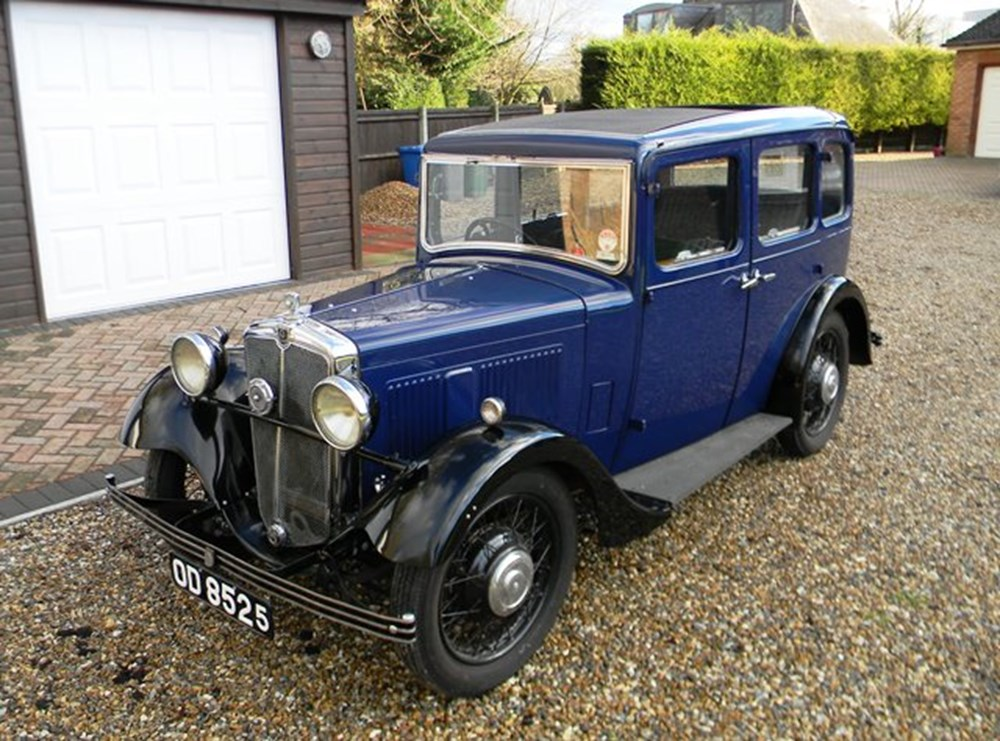 Lot 235 - 1934 Morris 10/4 Saloon