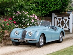 Navigate to Lot 267 - 1954 Jaguar XK120 Roadster