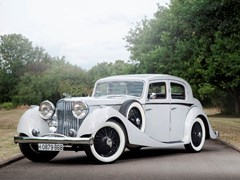 Navigate to Lot 259 - 1937 Jaguar (2½ litre) Saloon