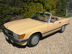 Navigate to Lot 383 - 1986 Mercedes-Benz 300SL Roadster
