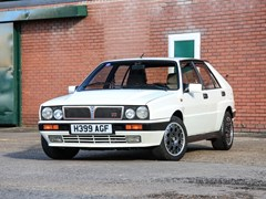 Navigate to Lot 330 - 1990 Lancia Delta HF Integrale 16 Valve