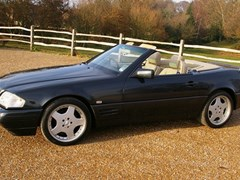 Navigate to Lot 203 - 1995 12987 SL280 *Reserve lowered*