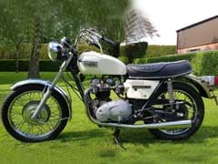 Navigate to Lot 104 - 1973 Triumph Bonneville 750 T140