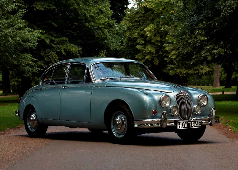 Lot 254 - 1967 Jaguar Mk. II Saloon (2.4 litre)