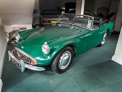 Navigate to Lot 191 - 1961 Daimler SP250