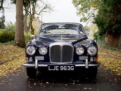 Navigate to Lot 319 - 1969 Daimler Sovereign