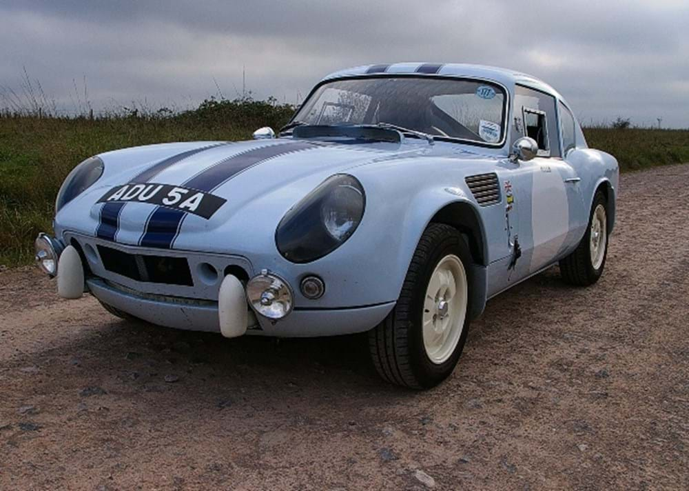 Lot 271 - 1963 Triumph Spitfire GT6R Le Mans Recreation