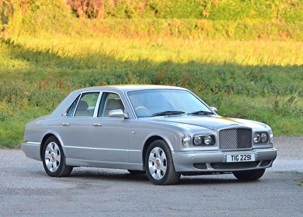 Lot 271 - 2000 Bentley Arnage Red Label