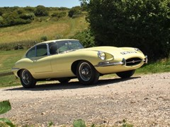 Navigate to Lot 233 - 1968 Jaguar E-Type Series I Fixedhead Coupé