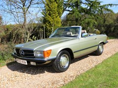 Navigate to Lot 310 - 1984 Mercedes-Benz 280 SL Roadster