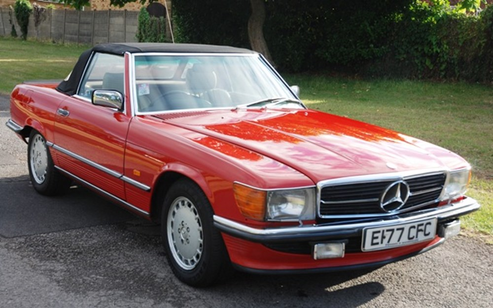 Lot 307 - 1988 12987 300SL Roadster