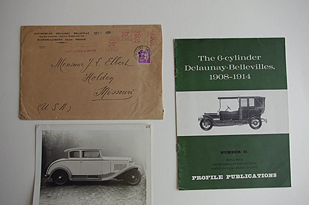 Lot 143 - French vehicle brochures
