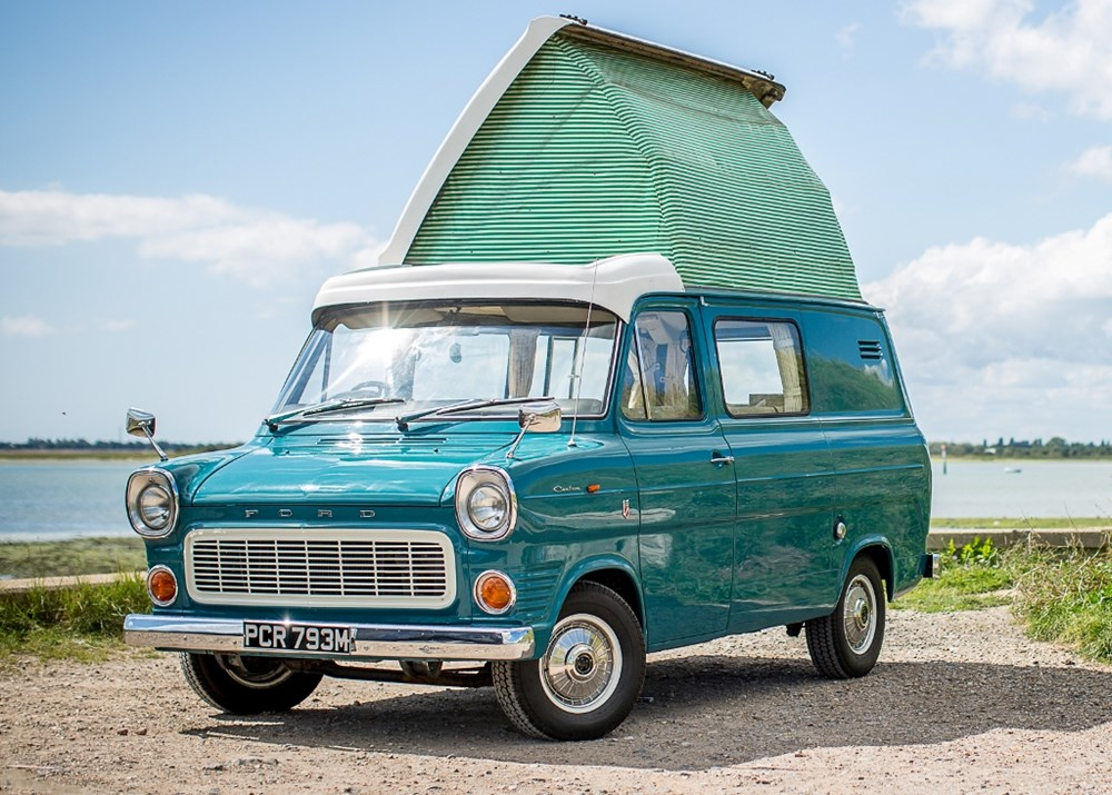 Lot 140 - 1974 Ford Transit Dormobile Mk.I