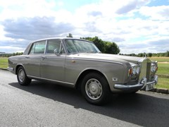 Navigate to Lot 218 - 1972 13051 Silver Shadow I
