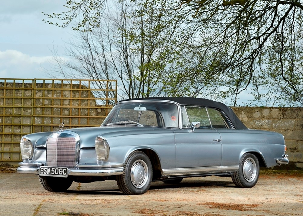 Lot 171 - 1965 Mercedes-Benz 220 SE Convertible