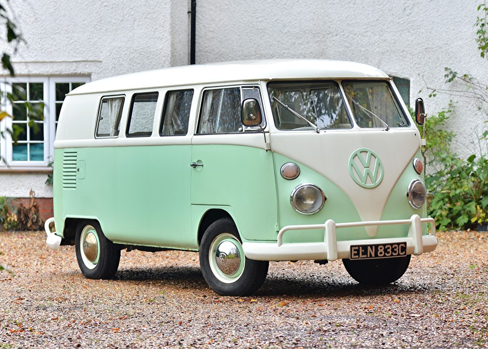 Lot 233 - 1965 Volkswagen Type 2 (T1) Split Screen Camper Van