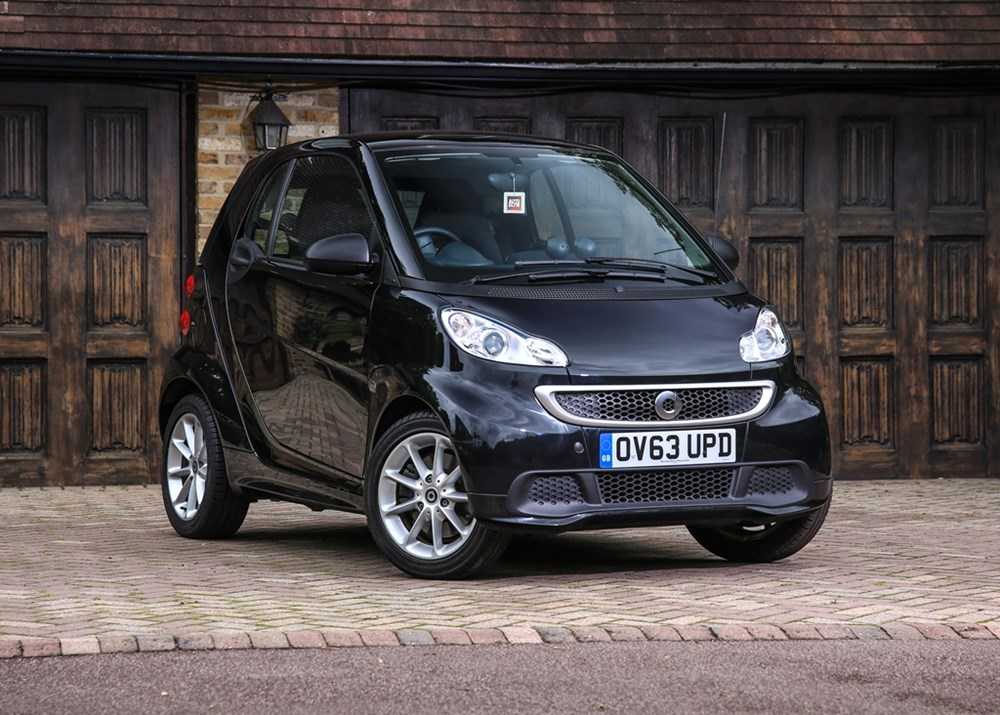 Lot 201 - 2013 Smart Car Fortwo Passion