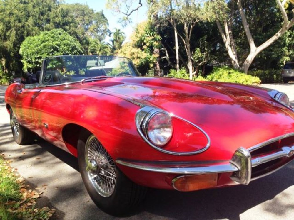Lot 404 - 1971 Jaguar E-Type 4.2 Series II Roadster