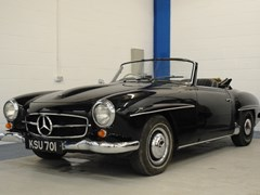 Navigate to Lot 331 - 1957 Mercedes-Benz 190SL