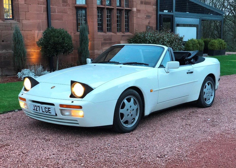 Lot 161 - 1991 Porsche 944 Turbo Cabriolet
