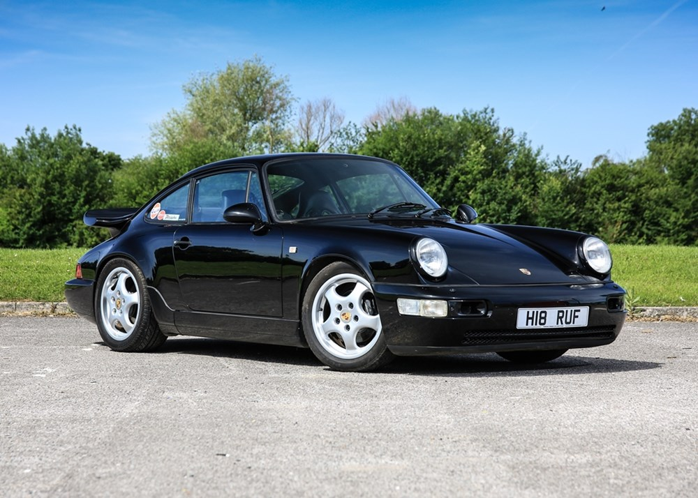 Lot 153 - 1990 Porsche 911 / 964 Carrera 2