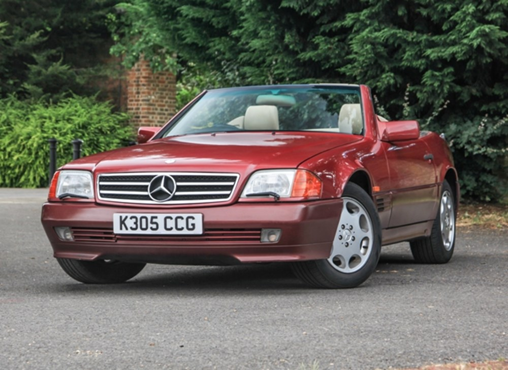 Lot 270 - 1993 Mercedes-Benz 300 SL Roadster