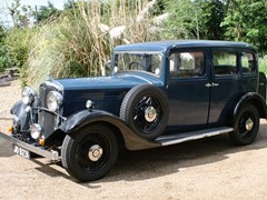 Navigate to Lot 212 - 1934 Morris Oxford Six