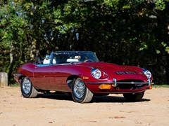 Navigate to Lot 171 - 1969 Jaguar E-Type Series II Roadster (4.2 litre)