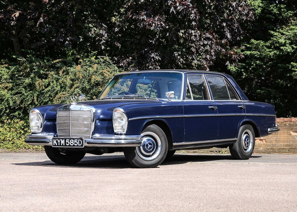 Lot 206 - 1966 Mercedes-Benz 250 S