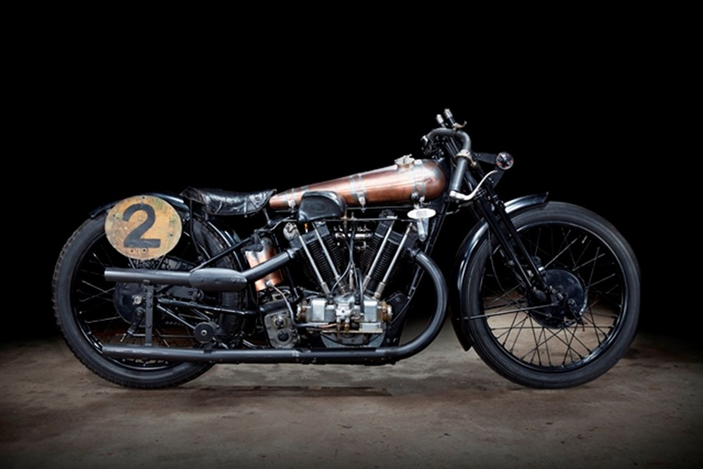 Lot 351 - 1927 Brough Superior SS100 Pendine *Please contact office for results