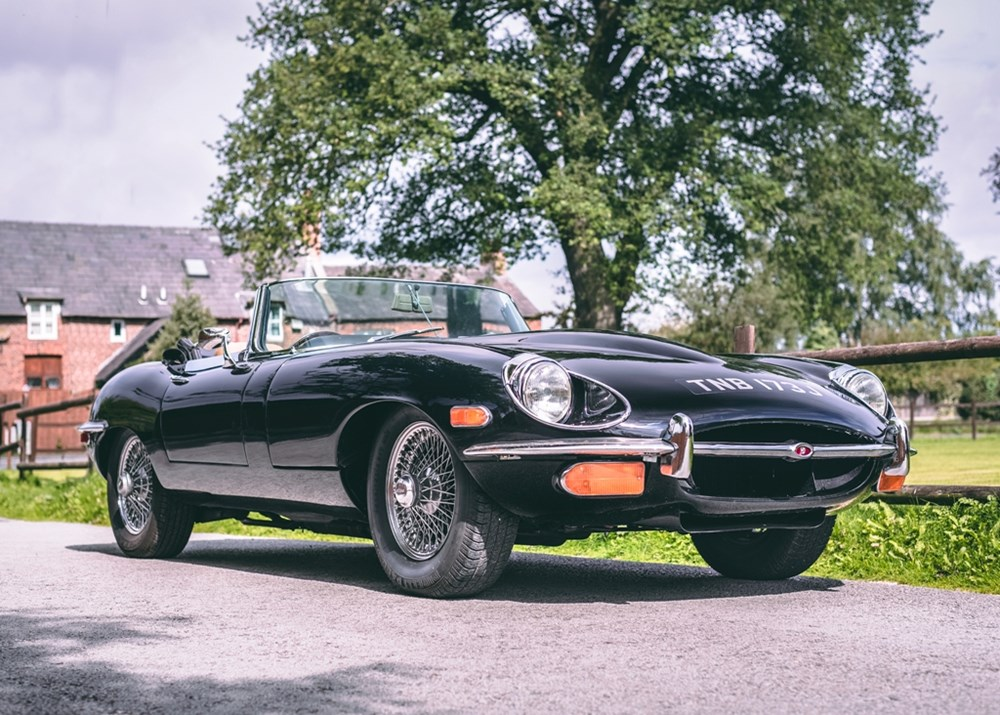 Lot 187 - 1971 Jaguar E-Type Series II Roadster