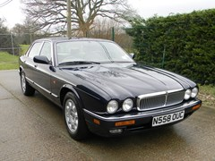 Navigate to Lot 340 - 1995  Jaguar Sovereign Saloon