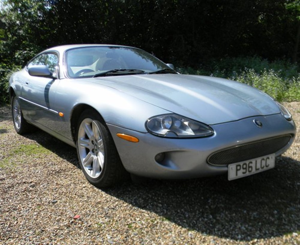 Lot 420 - 1997 Jaguar XK8 Coupé