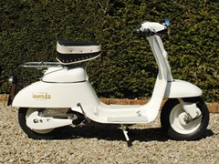 Navigate to Lot 176 - 1962 12965 Mini Scooter