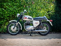Navigate to Lot 110 - 1970 BSA Thunderbolt (650cc)