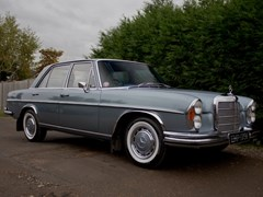 Navigate to Lot 217 - 1972 Mercedes-Benz 280 SE Saloon (3.5 litre)