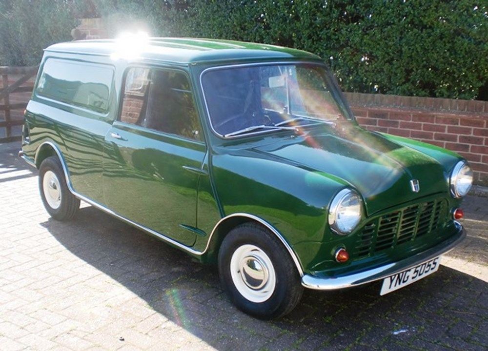 Lot 267 - 1978 Leyland Mini 1000 Van