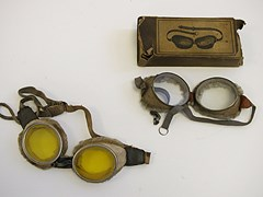 Navigate to Motoring goggles