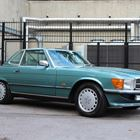 Lot 144 1987 Mercedes-Benz 300 SL Roadster -