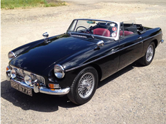 Navigate to Lot 147 - 1964 MG B Roadster