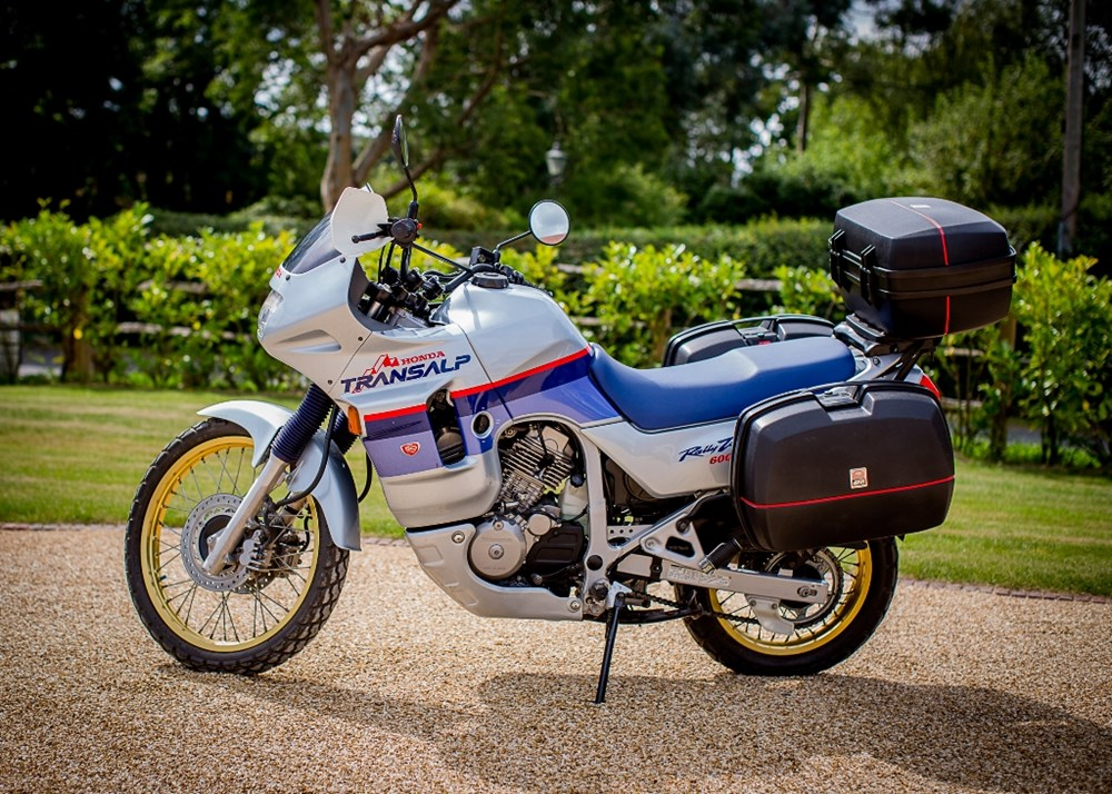 Lot 102 - 2000 Honda Transalp XL600V '50th Anniversary'