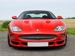 Navigate to Lot 142 - 1999 Jaguar XKR