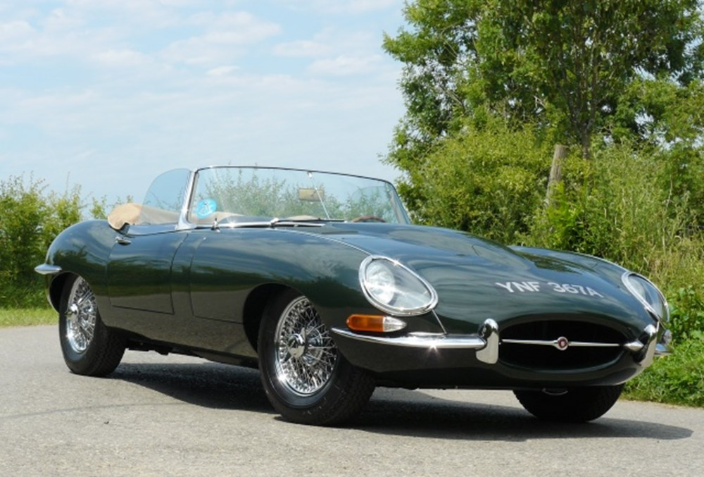 Lot 270 - 1963 Jaguar E-Type Series I Roadster